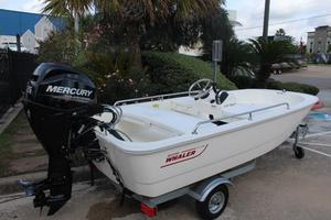 New Boston Whaler 11spt Sports Fishing Boat For Sale