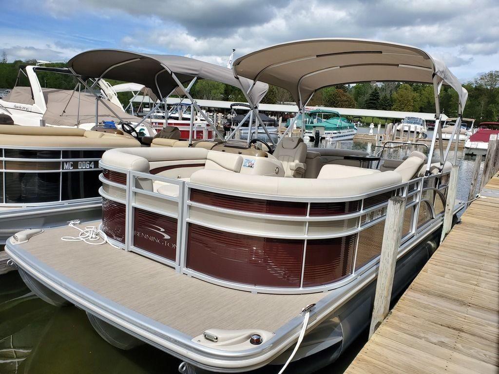 2018 Used Bennington 22ssrx22ssrx Pontoon Boat For Sale