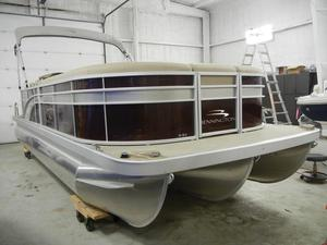 New Bennington 23SLX323SLX3 Pontoon Boat For Sale