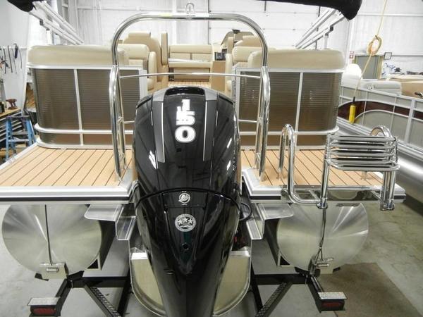 New Harris Cruiser 220Cruiser 220 Pontoon Boat For Sale