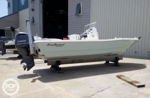 Used Sea Hunter 24 Crossover Bay Boat For Sale