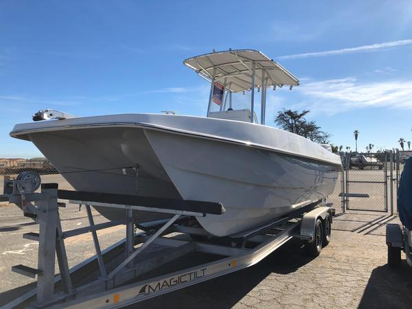 New Twin Vee 225 Ocean Cat Center Console Fishing Boat For Sale
