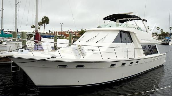 Used Bayliner 4788 Pilothouse Boat For Sale