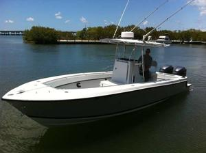Used Contender 27T CC Center Console Fishing Boat For Sale