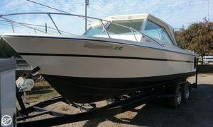 Used Starfire 245 Fisherman Walkaround Fishing Boat For Sale