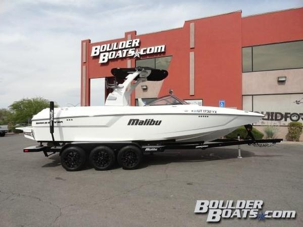 Used Malibu 24 MXZ Ski and Wakeboard Boat For Sale