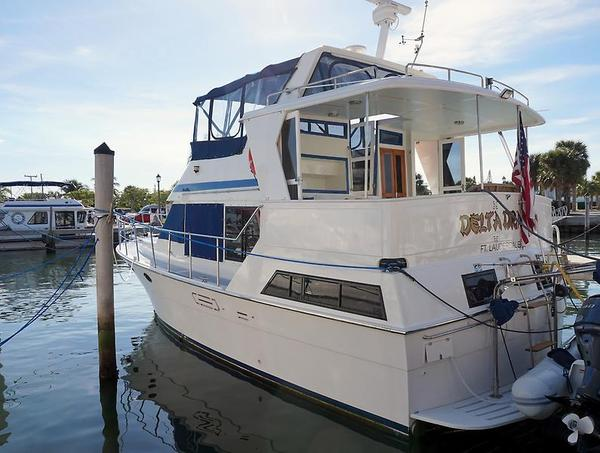 Used Marine Trader Tradewinds Motor Yacht For Sale