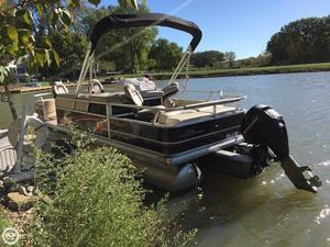 Used Sun Tracker Fishin' Barge 22 DLX Pontoon Boat For Sale