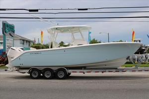 New Cobia 296CC Center Console Fishing Boat For Sale