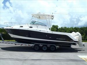 Used Robalo 305 WALK AROUND CABIN Walkaround Fishing Boat For Sale