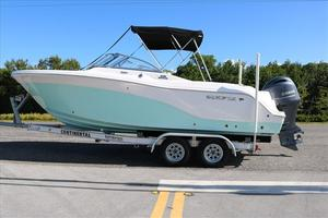 Used Sea Fox Dual Console 226 Traveler Motor Yacht For Sale