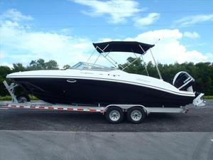 New Hurricane 2690 Sundeck Deck Boat For Sale