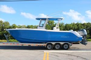 New Robalo R302R302 Center Console Fishing Boat For Sale