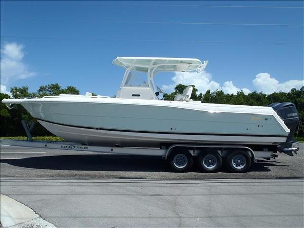 New Stamas 2017 Stamas TARPON 326 Center Console Fishing Boat For Sale