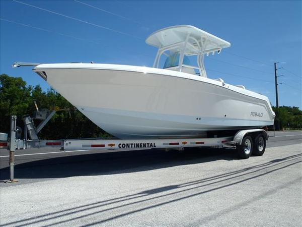 New Robalo R260 Center Console Fishing Boat For Sale