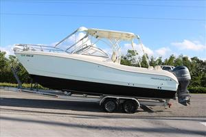 Used World Cat 255DC Dual Console Power Catamaran Boat For Sale