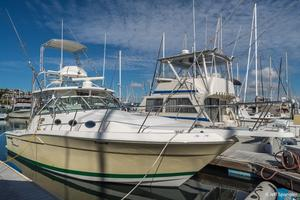 Used Wellcraft 330 Coastal Saltwater Fishing Boat For Sale