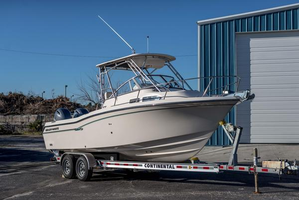 Used Grady-White Journey 258 Walkaround Fishing Boat For Sale