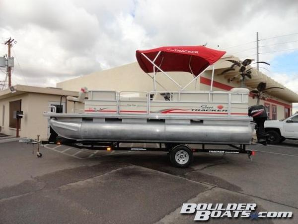 Used Sun Tracker Party Barge 20 Pontoon Boat For Sale