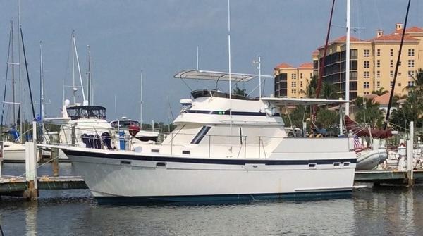 Used Gulfstar 38 Sun Deck Motor Cruiser / Trawler Motor Yacht For Sale