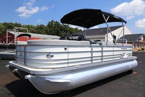 New Veranda Relax V2275RCRelax V2275RC Pontoon Boat For Sale