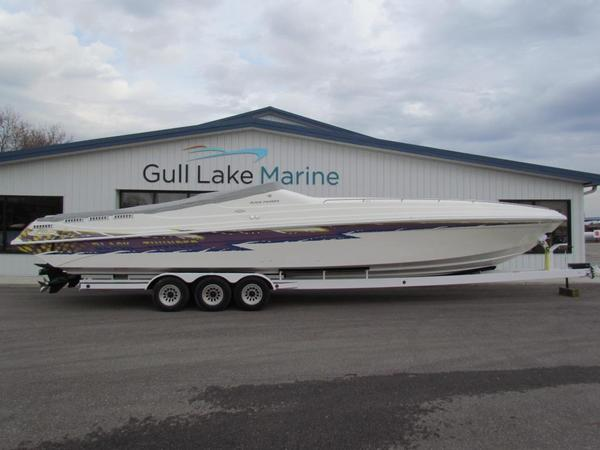 Used Black Thunder XT430 SPORT CRUISER OS High Performance Boat For Sale