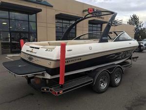 Used Malibu XTI Ski and Wakeboard Boat For Sale