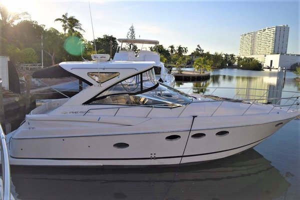 Used Regal Commodore 4060 Cruiser Boat For Sale