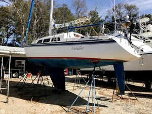 Used Capital Yachts Newport 33 Racer and Cruiser Sailboat For Sale