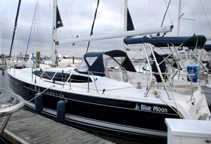 Used Hunter E36 Cruiser Sailboat For Sale