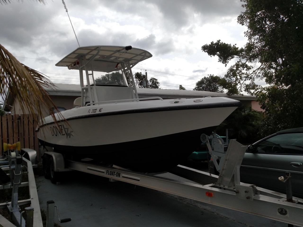 2005 Used Donzi 26 ZF Open Center Console Fishing Boat For Sale