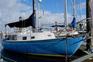 Used Cal 30 Racer and Cruiser Sailboat For Sale