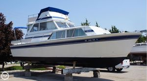 Used Marinette 32 Sedan FB Cruiser Boat For Sale
