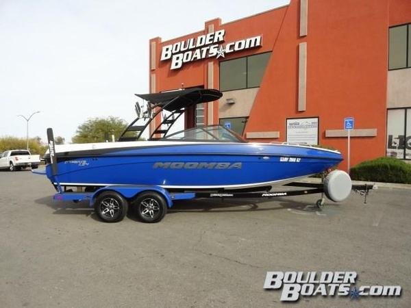 Used Moomba Mobius LSV Ski and Wakeboard Boat For Sale