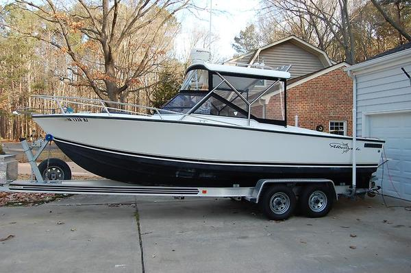 Used Albemarle 24 Express Cruiser Boat For Sale