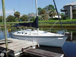 Used Hunter Legend 35 Racer and Cruiser Sailboat For Sale