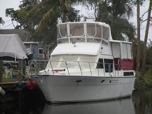 Used Hyatt Sundeck Trawler Boat For Sale