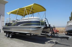 New Qwest LS 824 Lanai DS BarLS 824 Lanai DS Bar Pontoon Boat For Sale