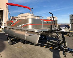 New Qwest Edge 816 Cruise Pontoon Boat For Sale