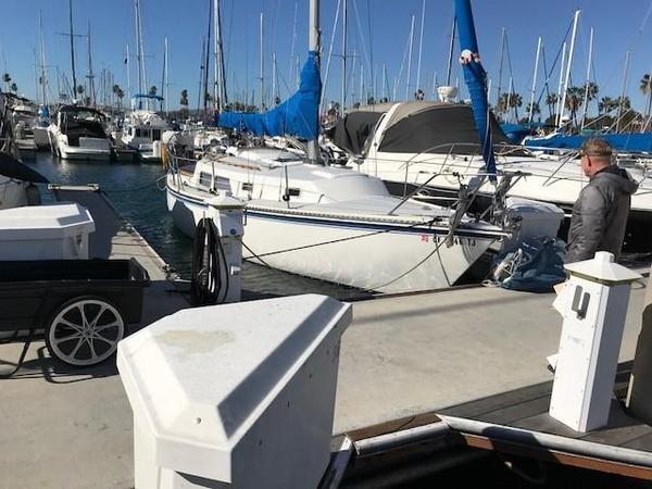 Used Newport 30 Sloop Sailboat For Sale