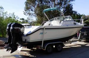 Used Boston Whaler 23 Conquest Walkaround Fishing Boat For Sale