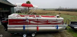 Used Evolution 22 Pontoon Boat For Sale