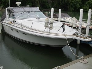 Used Trojan 10 Meter Express Cruiser Boat For Sale