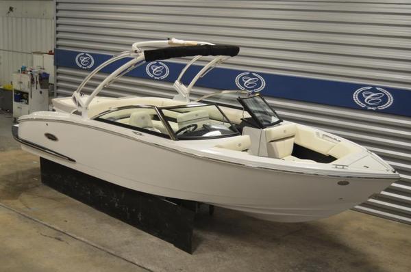 New Cobalt CS3 Bowrider Boat For Sale
