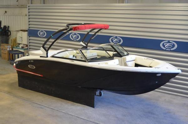 New Cobalt CS3 Surf Ski and Wakeboard Boat For Sale