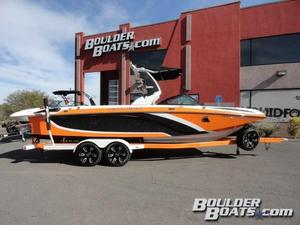Used Centurion Enzo FS44 Ski and Wakeboard Boat For Sale