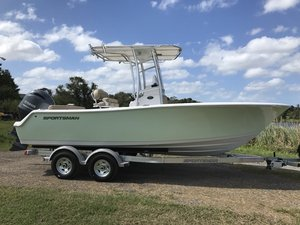 New Sportsman Boats Heritage 211 Center Console Center Console Fishing Boat For Sale