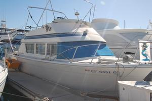 Used Chris-Craft 33 Flybridge Boat For Sale