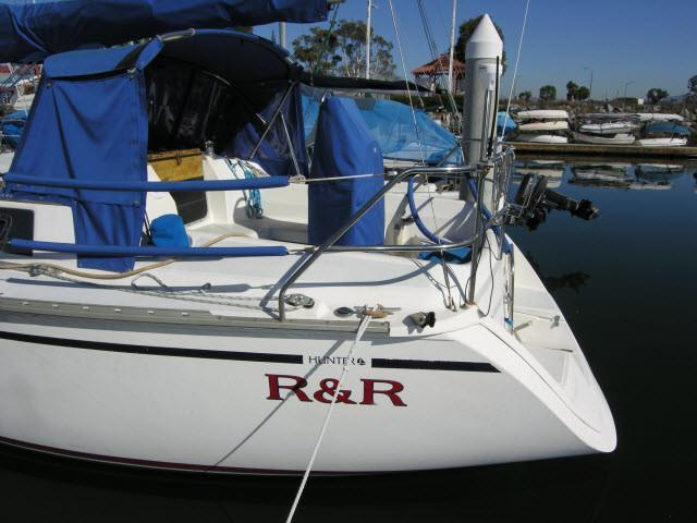 1990 Used Hunter 30 Cruiser Sailboat For Sale 29 500