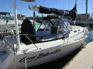 Used J Boats J109 Racer and Cruiser Sailboat For Sale